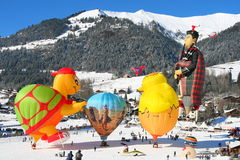 Festival de Baloon en el castillo francés D'Oex, Suiza Imágenes de archivo libres de regalías