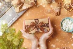 Festival de bonne année de vue supérieure ou concept de jour d'anniversaire et de Joyeux Noël Photos stock
