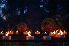 Festival de bougies, d'herbe et de feu en bois, païen Images libres de droits