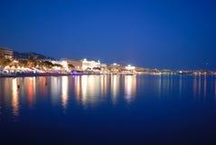 Festival de Cannes por noche Imágenes de archivo libres de regalías
