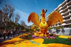 Festival 2019 de citron de Menton, art fait de citrons et oranges Thème fantastique des mondes images stock