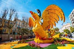 Festival 2019 de citron de Menton, art fait de citrons et oranges Thème fantastique des mondes image stock