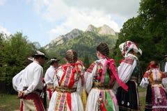 FESTIVAL DE GENS DE L'EUROPE SLOVAQUIE CERVENY KLASTOR Image libre de droits