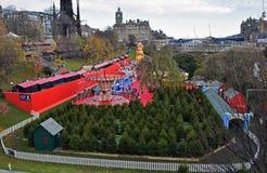 Festival de la Navidad en centro de ciudad de Edimburgo Foto de archivo