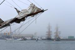 Festival de la navigation dans le port de Images libres de droits