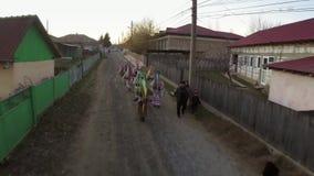 Festival de las tradiciones y del desfile (Sarbatoarea Mosoaielor) de la Navidad metrajes