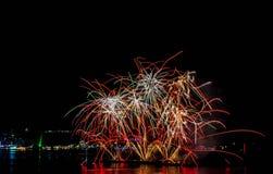 Festival de los fuegos artificiales en Pattaya Imagenes de archivo