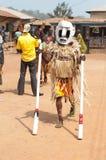 Festival de los grados de edad de Otuo - mascarada en Nigeria Fotografía de archivo libre de regalías