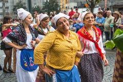 Festival de participants de St John Se produit chaque année pendant le milieu de l'été, Porto Photographie stock