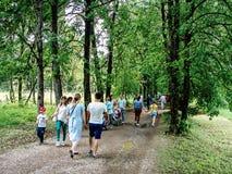 Festival de Pushkin dans le village de Polotnyany Zavod, région de Kaluga, Russie le 6 juin 2016 Images stock