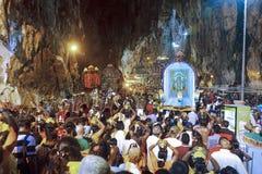 Festival 2012 de Thaipusam: O fluxo de devota imagens de stock