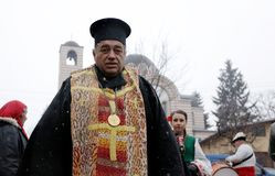 Festival dei giochi Surova di travestimento in Breznik, Bulgaria Immagini Stock