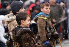 Festival dei giochi Surova di travestimento in Breznik, Bulgaria Fotografie Stock Libere da Diritti
