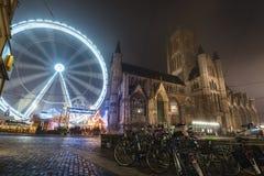 Festival del invierno de Gante cerca del santo Nicholas Church Imagen de archivo libre de regalías