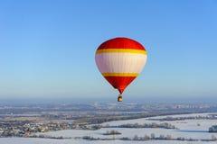 Festival del invierno del globo del aire caliente fotos de archivo