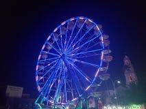 Festival della ruota panoramica delle luci fotografia stock