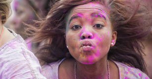 Festival der Farbe Holi eine Partei lizenzfreie stockfotos