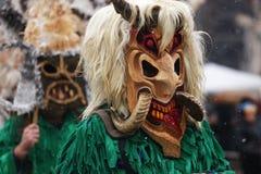 Festival des jeux Surova de mascarade dans Breznik, Bulgarie Images stock