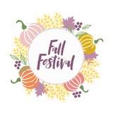 Festival di caduta - testo disegnato a mano con i simboli del raccolto di autunno illustrazione vettoriale