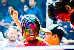 Festival di Holi in pokhara immagine stock