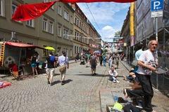Festival färgglade Respublik Neustadt, Dresden, Tyskland arkivbilder