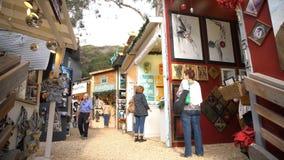 Festival för sågspånkonstvinter på Laguna Beach arkivfilmer