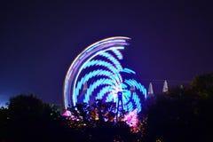 Festival-Fahrten und Baum-Schattenbilder Stockfotos