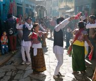Festival folclorico nel villaggio di Dunai - Nepal Immagine Stock