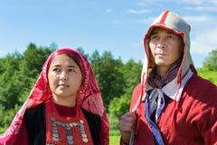 Festival historique, Birsk, Bashkortostan du 1er juillet 2017 Les gens dans les costumes nationaux bachkirs Image stock