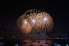 Festival internacional de los fuegos artificiales de Pattaya Fotos de archivo libres de regalías