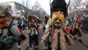Festival internacional de los juegos Surva de la mascarada en Pernik metrajes