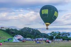Festival internacional do balão de Taiwan em Luye Gaotai, Taitung Foto de Stock