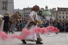 Festival international des théâtres ULICA de rue dans Cracow_Opening Photos stock