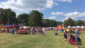 Festival, Lebensmittel und Spaß stock footage