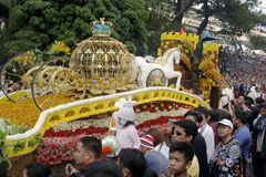 Festival magnífico del flotador de la flor Fotografía de archivo libre de regalías