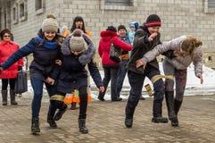 Festival popular do inverno do russo na região de Kaluga o 13 de março de 2016 Imagens de Stock