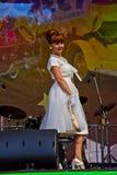 Festival Retrofest. 1950th Modeschau Lizenzfreie Stockbilder