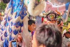 Festival Thailand-jährlicher Veranstaltung von 'der jährliche König Taksin 'in Bangkok mit Chinese-Lion Dance-Zeigung in Park 'Wo stockbilder