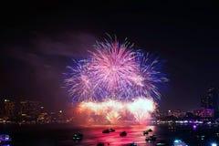 Festival van het Pattaya het Internationale Vuurwerk Royalty-vrije Stock Afbeeldingen