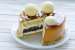 Festive beautiful caramel biscuit cake Royalty Free Stock Photography