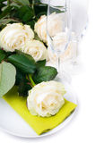 Festive table setting with roses Royalty Free Stock Photos