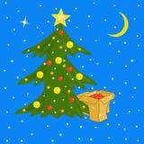 Festively dekorujący pudełka z prezentami i choinka Zdjęcia Royalty Free