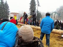 Festividades dos povos no feriado Maslenitsa foto de stock royalty free