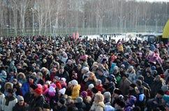 Festività Maslenitsa a Tomsk Fotografie Stock Libere da Diritti