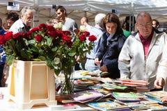 Festività di Sant Jordi - giorno catalano di San Giorgio Fotografie Stock Libere da Diritti