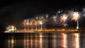 Festliche Eröffnung 2. Penang-Brücke mit Feuerwerk Lizenzfreies Stockbild