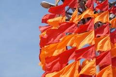 Festliche Flaggen der roten und orange Farbe Lizenzfreie Stockbilder