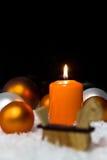 Festliche Weihnachtsdekoration in der Orange Stockbilder