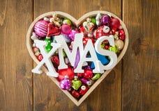 Festliche Weihnachtsverzierungen Stockfoto