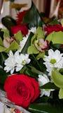 Festlicher Blumenstrauß von schönen Blumen Stockbilder